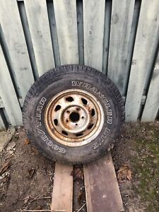 Spare tire off ford f150
