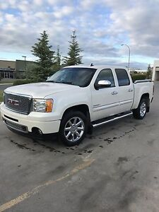 2013 GMC Sierra 1500 Deanali Crew Cab AWD Price REDUCED!!!