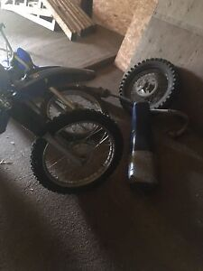 Blown 1999 TT-R 125/Parts Bike