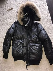 Mackage men bomber jacket - size 40