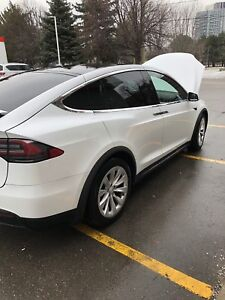Tesla Model X 2018 SUV 5 seater