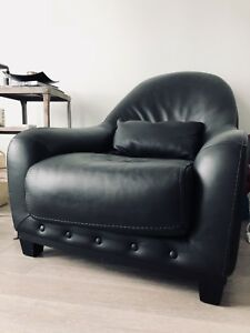 Real Leather Armchair. In GREAT condition. ORIGINALLY $600