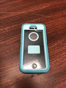 Otter box defender for iPhone 5/5s
