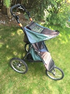 Dunlop Jogging Stroller with excellent tires and brakes