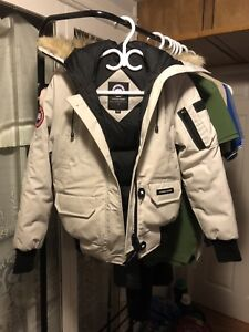 Canada goose Downmark Bomber - Size XS for women