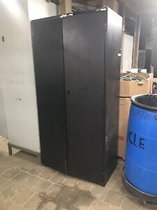Black Filing Cabinet ! Free delivery!