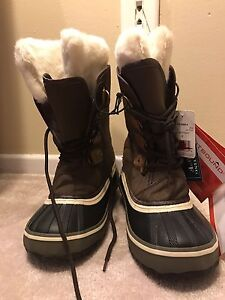 OUTBOUND - Outdoor/winter Boots.