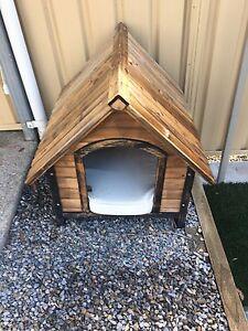 Wooden dog kennel Aldinga Beach Morphett Vale Area Preview