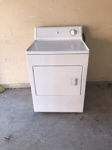 "27"" Frigidaire electric dryer excellent shape/can deliver"