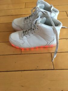 Chargeable light up shoes