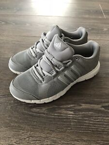 Adidas running shoes size 5.5