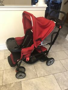 Joovy sit and stand stroller in great condition