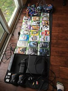 Xbox 360 with kinect & 22 games
