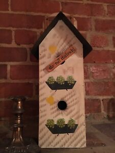 Decorative collectible birdhouse items