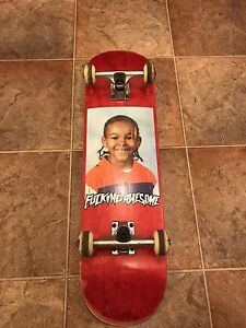 SKATEBOARD - VINTAGE NAKEL SMITH Hampton Park Casey Area Preview