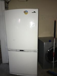 SAMSUNG fully working Fridge counter depth can DELIVER