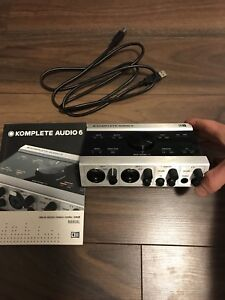 Komplete Audio 6 Audio Interface