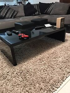 Coffee table with matching mini tables/stands Cameron Park Lake Macquarie Area Preview