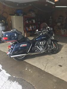 2012 Harley KLHTK Ultra classic limited with extended warranty