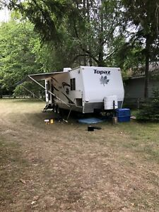 2007 Topaz Tripple e 4 season Canadian made trailer