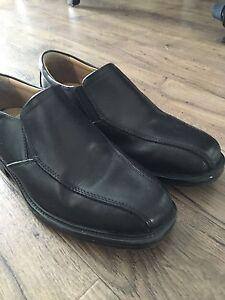 Dress shoes / size 8 - worn twice