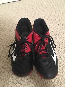 Women's Mizuno Volleyball Shoes