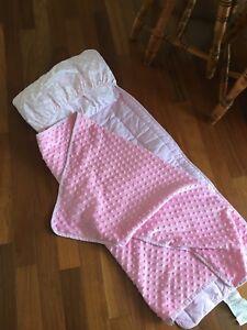 Petit matelas/ couverture après ( sac de couchage)