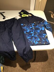Toddler size 4/5 rain suit