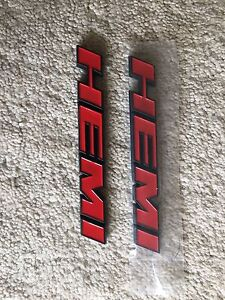 Dodge hemi badges