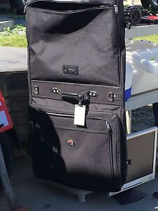 Carry on suit luggage bag