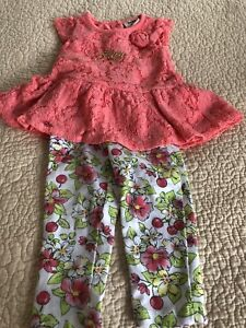 Baby girl clothing lot 6 - 9 mos