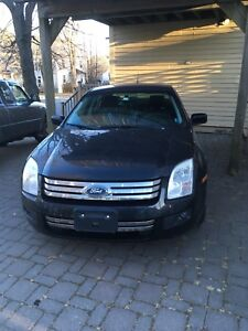FORD FUSION (2007) Perfect Affordable Mid-Size Sedan