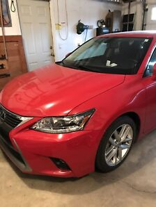 2015 Red Lexus CT200h