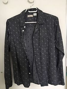 Size small grey patterned cotton collared long sleeve shirt