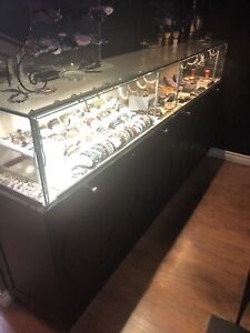 Jewelry display counter
