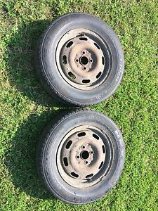 2 tires with rims
