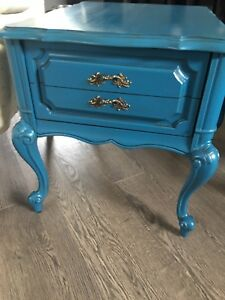 Gorgeous end tables - side tables