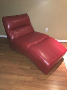 Chaise Lounger - DuraBlend Leather, Red
