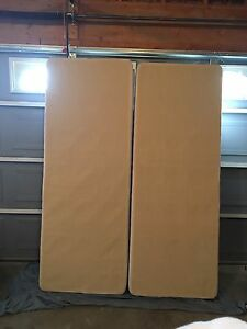 Queen size box springs