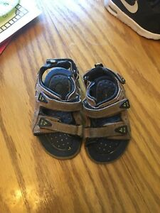 Size 5 Inf Sandles