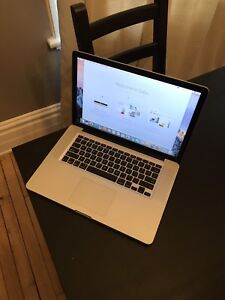 "2010 MacBook Pro 15""  (i7 - 4GB)"
