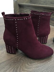 Brand new women's size 7 boots