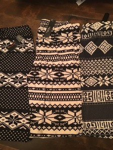 LEGGINGS $10