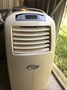 Portable air con heater South Plympton Marion Area Preview