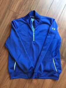 Size Large Under Armour sweater