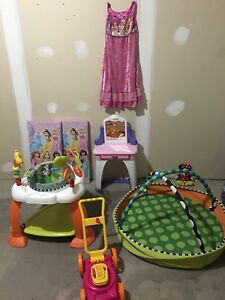 Basement kids cloths and toy sale