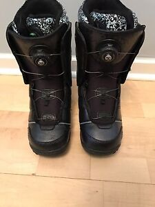 K2 haven women's snowboard boots -sz 8