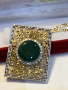 22k gold plated pandant with Emerald stone and ziricons