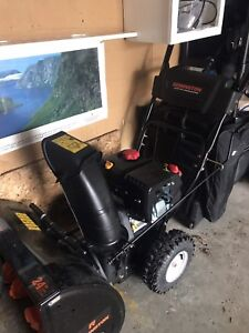 Snow blower gas with electric start used 10 x