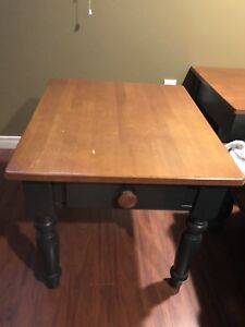 2 end tables.